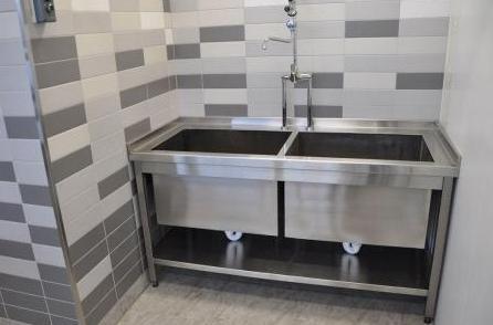 Как выбрать моечную ванну?